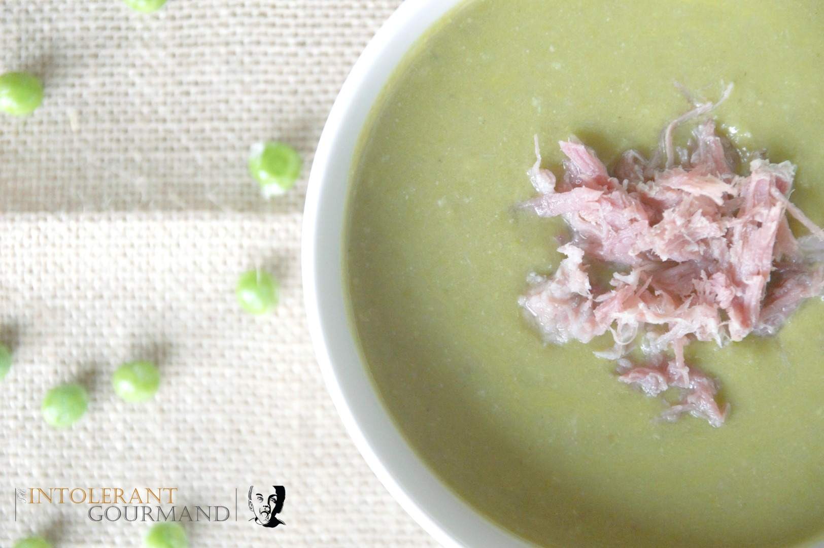 Green veg soup - naturally gluten-free, packed full of vitamins and nutrients, delicious and simple to make! Perfect for lunch or light dinner! www.intolerantgourmand.com